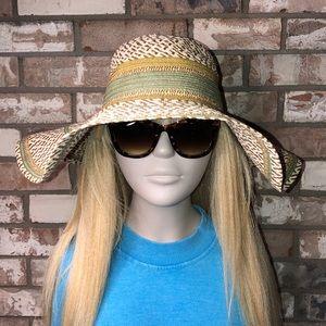 NWT Echo Design beach hat